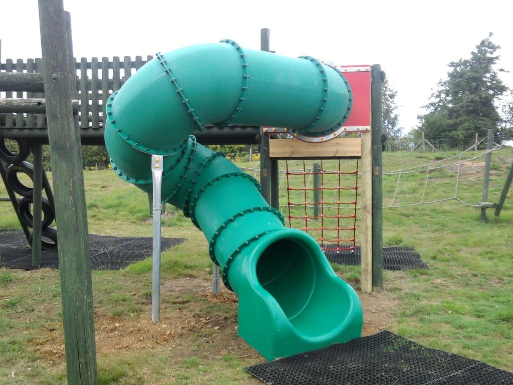 slides play quip